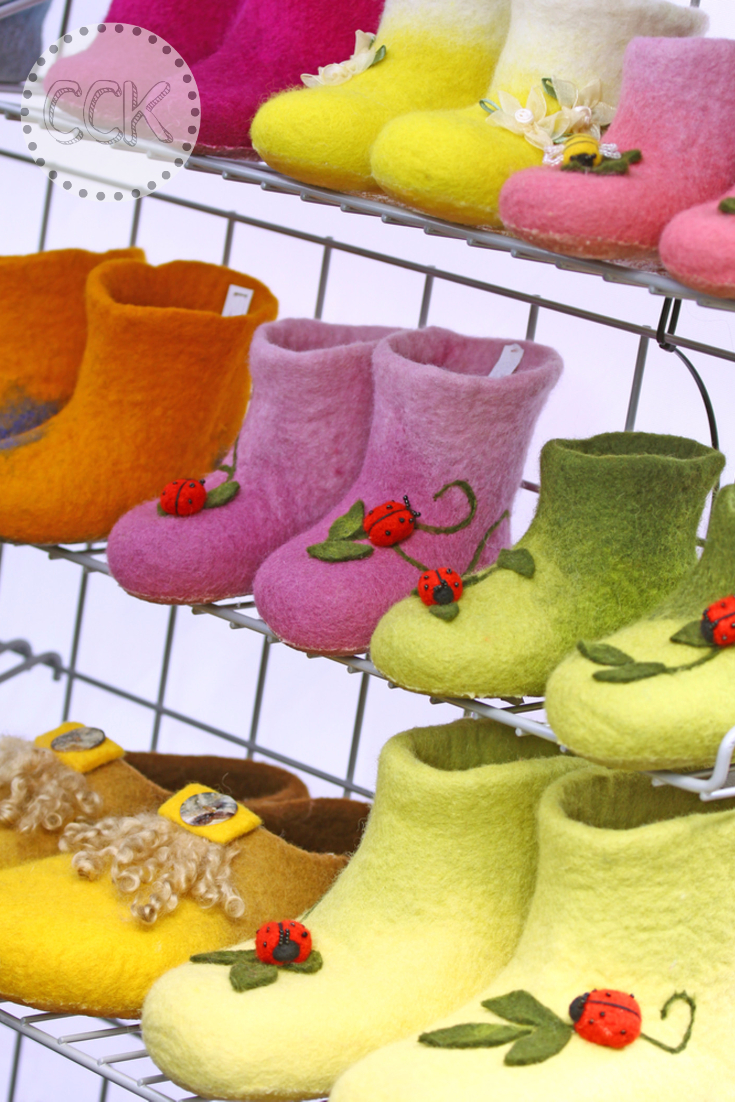 Unshrink Wool sweaters - Children's boots made from felted knit fabric